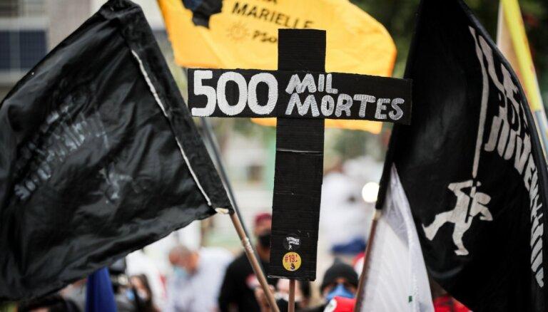 Brazīlijā ar Covid-19 saistīto nāves gadījumu skaits pārsniedz pusmiljonu