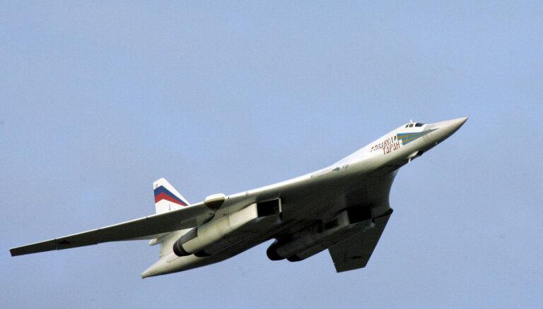 Россия перебросила к границе США бомбардировщики Ту-160
