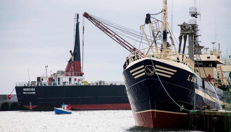 Norvēģija draud slēgt ūdeņus ES un britu zvejas kuģiem