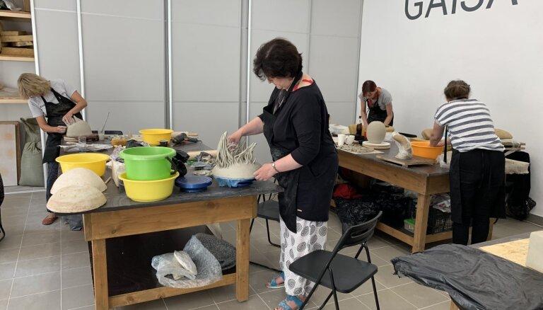 Daugavpilī atklās Starptautiskā keramikas mākslas simpozija izstādi