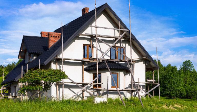 Vecās mājas atjaunošanas plusi un mīnusi