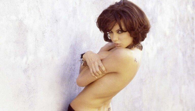 Фото 20-летней обнаженной Анджелины Джоли продадут в Лондоне