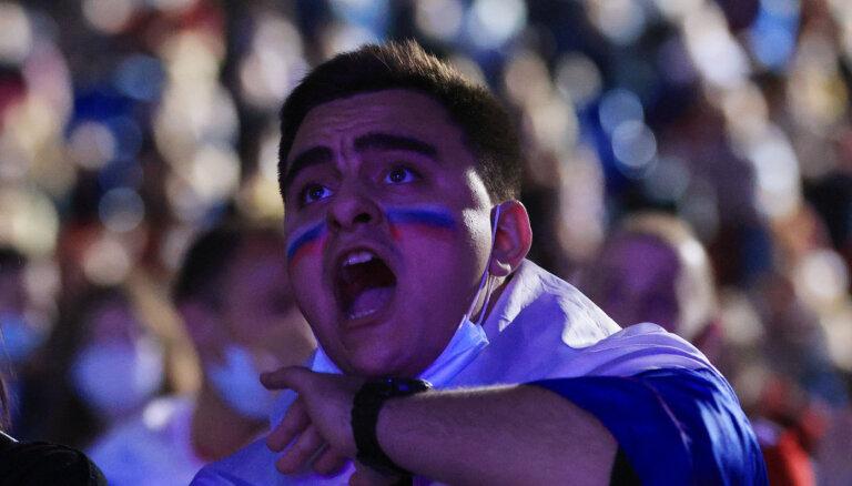 ФОТО: Что творилось в фан-зоне и на стадионе во время матча Бельгия — Россия
