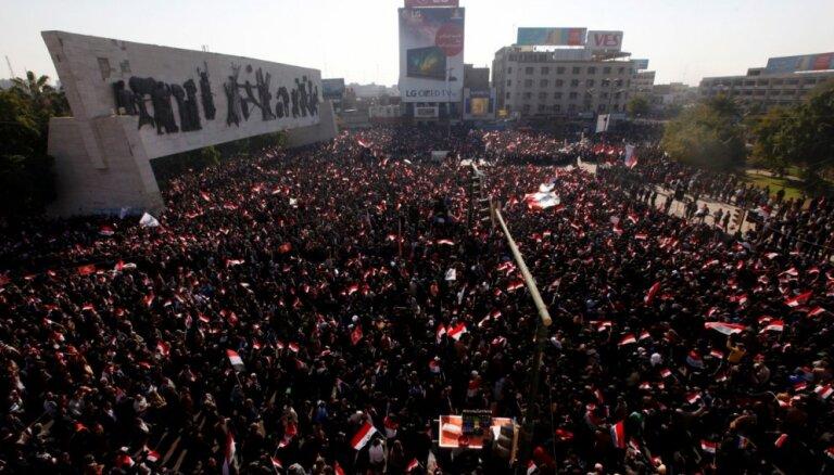 ФОТО. Протесты в Багдаде: семь человек погибли, сотни пострадали