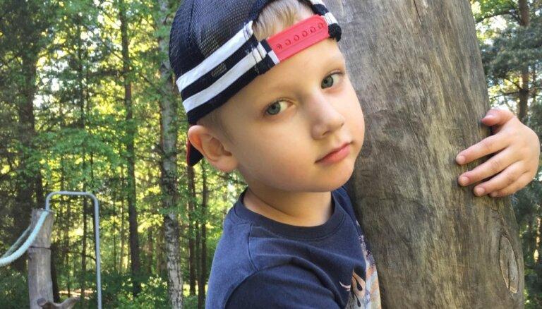 Жизнь от приступа к приступу: семья четырехлетнего Дависа собирает средства на дополнительное обследование