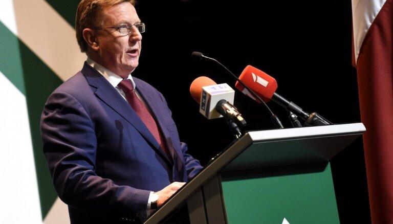 Premjers visvairāk apmierināts ar Zaļās partijas deleģēto ministru darbu