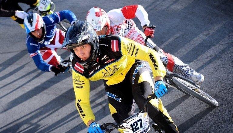 Latvijas BMX čempionāta otrajā posmā uzvar Treimanis