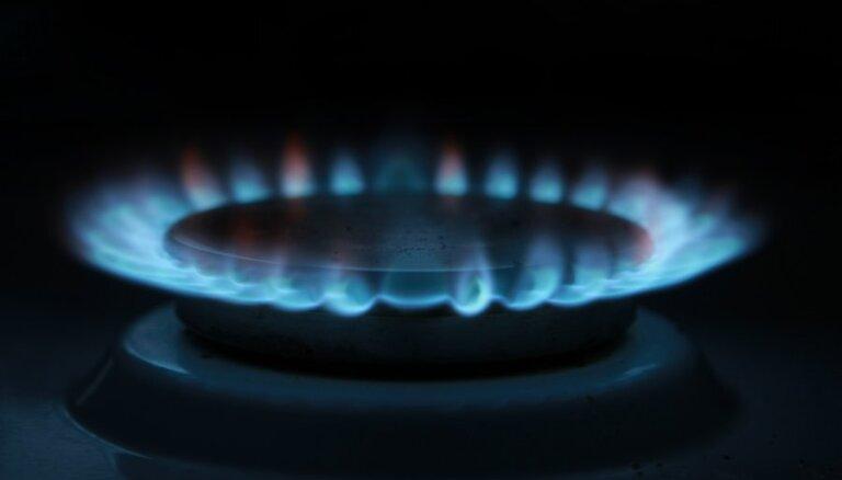 """Чиновник: если газ Латвии поставляет только""""Газпром"""", то цена не будет благоприятной"""
