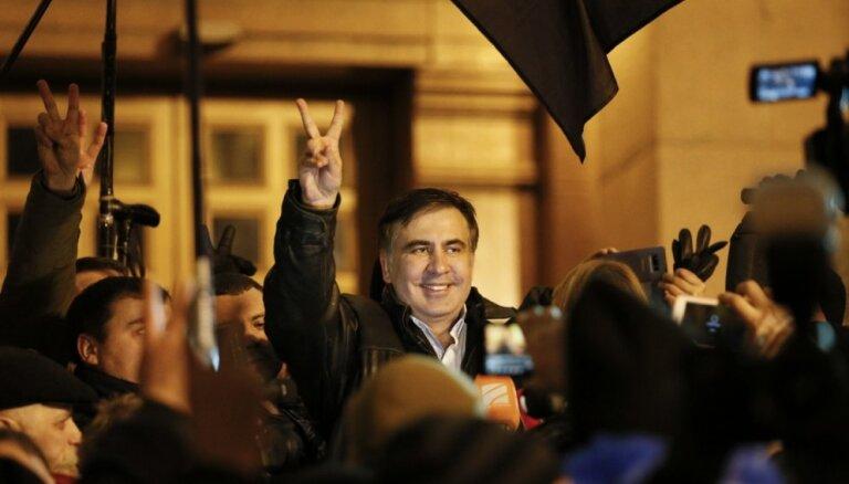 "Саакашвили хочет найти на Украине ""300 спартанцев"""