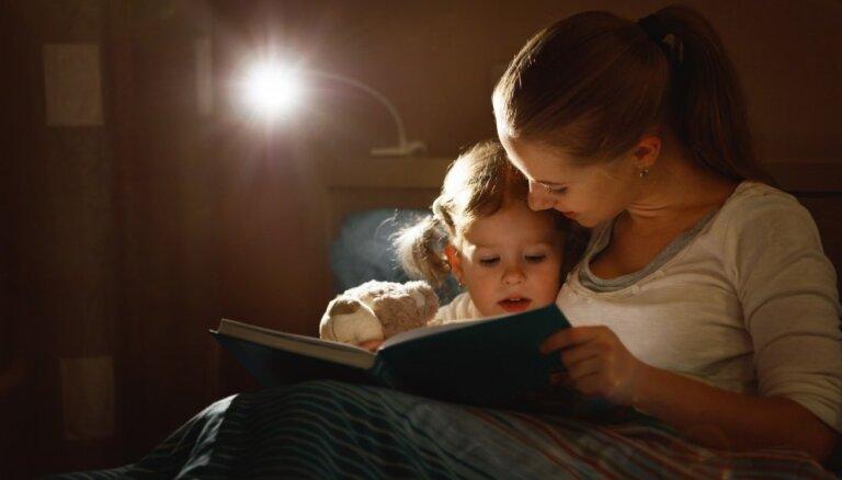 Interaktīvā lasīšana: kā attīstīt bērna intelektu ar grāmatu palīdzību