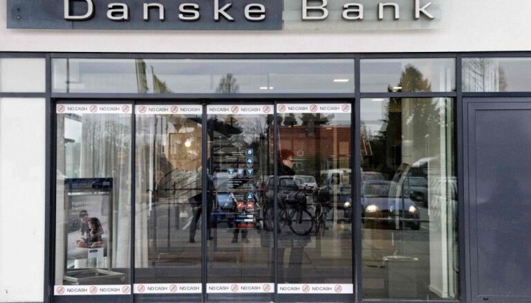 Laikraksts: naudas atmazgāšanu 'Danske Bank' Igaunijas filiālē izmeklē arī ASV iestādes