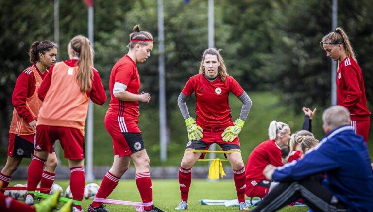 Sieviešu futbola izlase sāks gatavošanos EČ atlases noslēdzošajām spēlēm