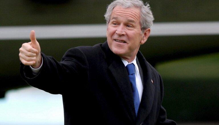 В мемуарах Джорджа Буша — о том, как Путин унизил его собаку