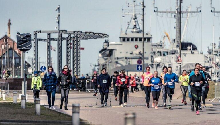 Sestdien Liepājā plašs klāsts no pusmaratona līdz mazuļu rāpošanas sacensībām