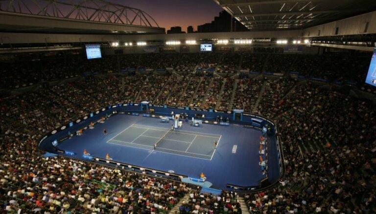 Tenisiste Marcinkeviča 'Australian Open' debijā piedzīvo zaudējumu kvalifikācijā