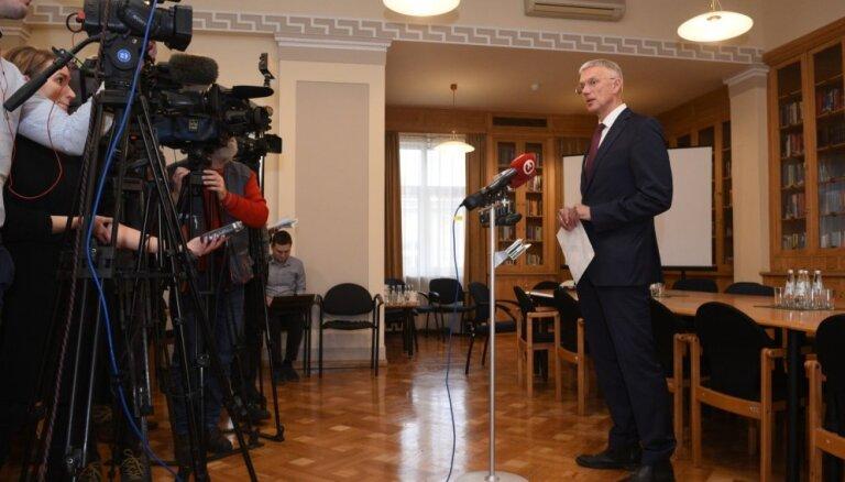 Koalīcija vēlas virzīt vienu CVK priekšsēdētāja amata kandidātu, norāda Kariņš