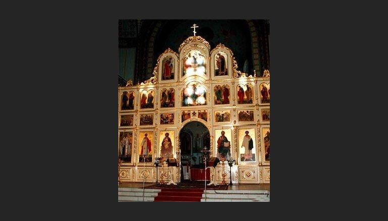 В православном храме освящен подаренный иконостас