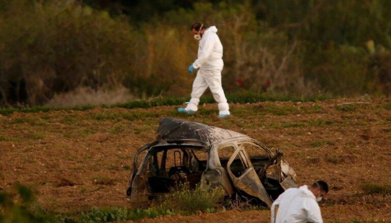 Maltā oficiāli izvirza apsūdzības trim žurnālistes slepkavībā aizdomās turētajiem