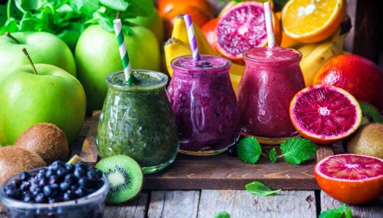 10 īpaši veselīgi kokteiļi, kuru pagatavošanai nepieciešamas vien trīs sastāvdaļas