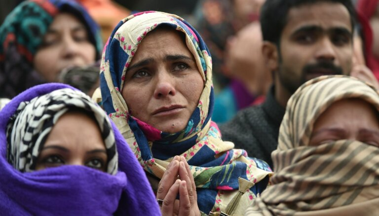 Indijā ierosina likumprojektu par pilsonības piešķiršanu nemusulmaņiem