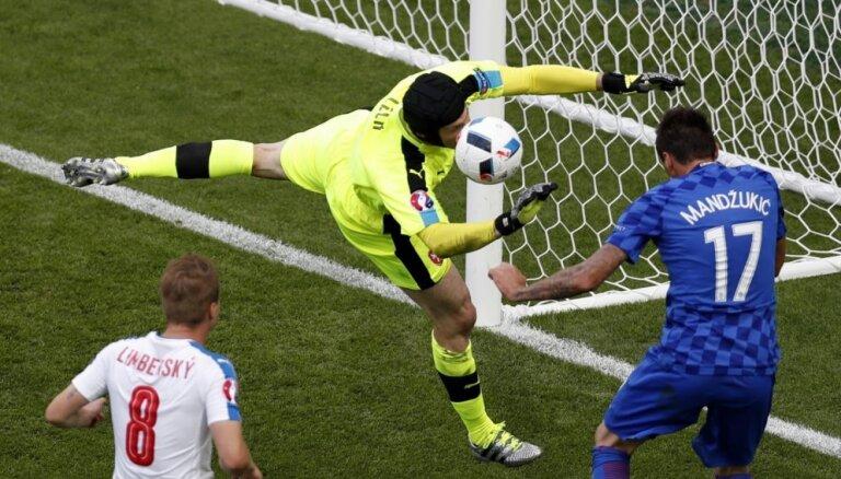 ВИДЕО, ФОТО: Чехия и Хорватия сыграли самый захватывающий матч на ЕВРО-2016