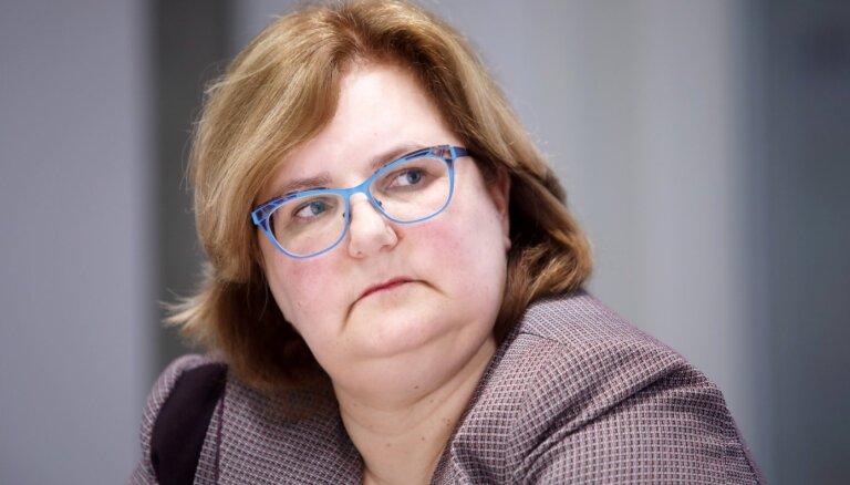 VID ģenerāldirektora vietniece Pelēkā pērn algā saņēmusi 59 700 eiro