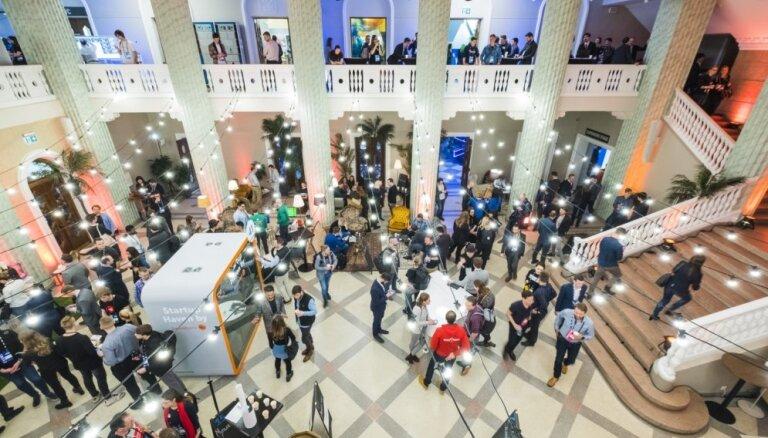 Foto: 'TechChill' pirmajā dienā Rīgā pulcējas tehnoloģiju entuziasti