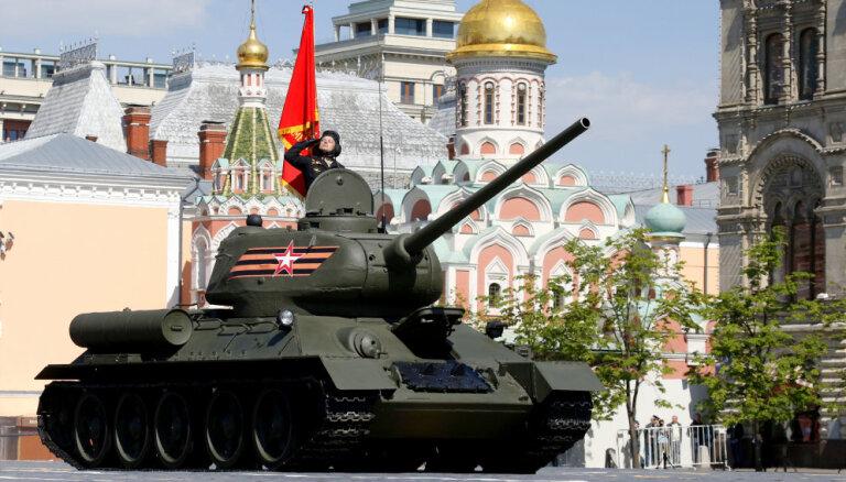 Krievija parāžu vajadzībām no Laosas saņem vecus 'T-34'