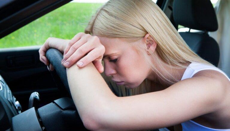 Trīs galvassāpju veidi, ko nedrīkst atstāt bez ievērības