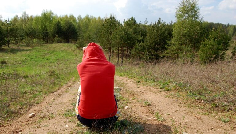 На помощь депрессивным подросткам Минздрав отправит команду специалистов