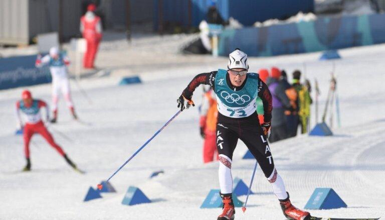 Bikše 'Tour de Ski' noslēdz 49. vietā; Boļšunovs pēdējā kāpumā nodrošina titulu