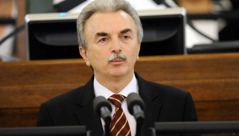 Par decembri deputātiem atalgojumā izmaksāti 165 227 eiro