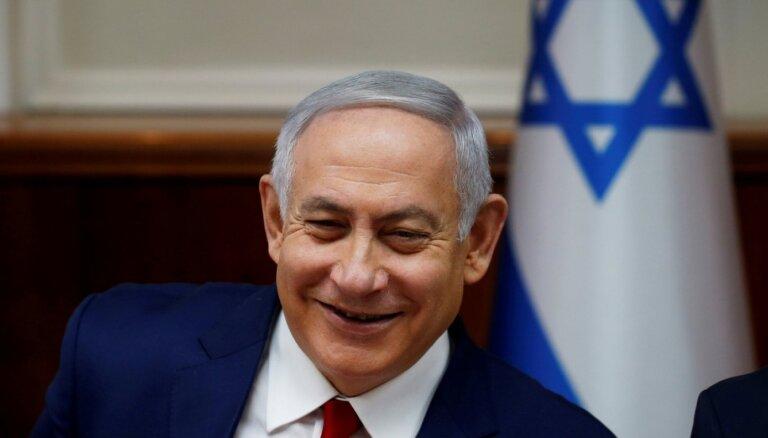 Izraēlas jaunā valdība zvērestu nodos nedēļas laikā