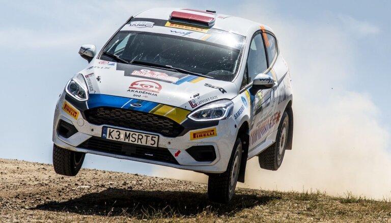 Seska ekipāžai piektā vieta Sardīnijas rallija junioru WRC klasē