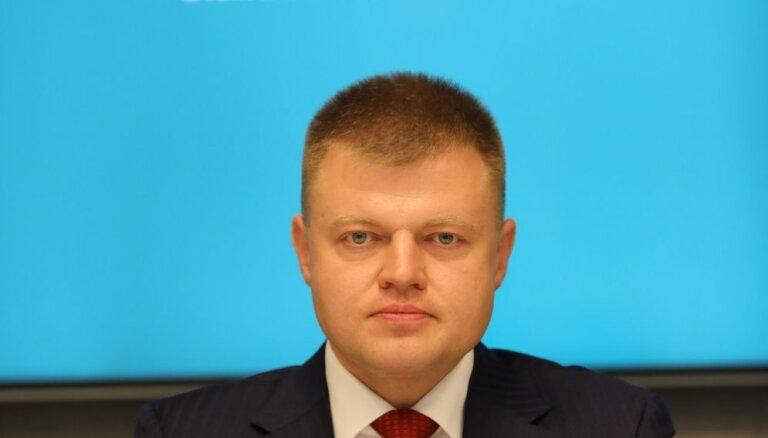 Rebenoks tiesā un UR apstrīdējis lēmumu reģistrēt pie 'Olainfarm' ieejas apstiprināto padomi