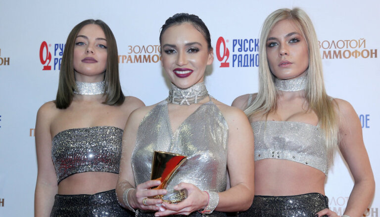 Krievijas provokatīvās popgrupas 'Serebro' līdzšinējais sastāvs pārtrauc darbību