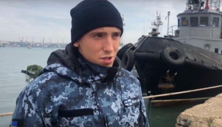 Krievijas TV parāda sagūstītos ukraiņu jūrniekus