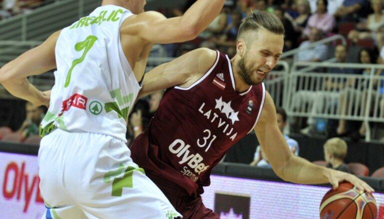 Баскетболист сборной Латвии стал игроком ПАОКа