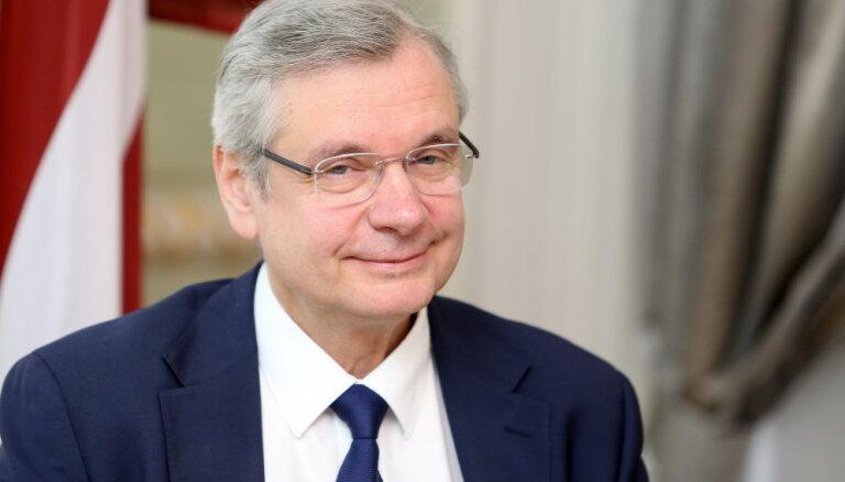 Винкелис и Шадурскис получат работу в бюро евродепутатов