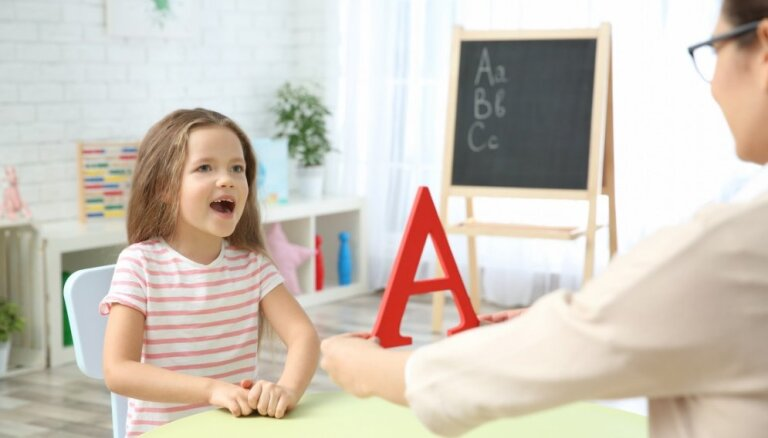 Bumbieris, lācis un gliemežvāks. Kā attīstīt bērna runu un paplašināt vārdu krājumu