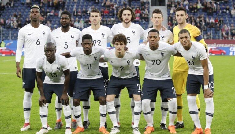 Francijas izlases futbolisti par uzvaru PK finālturnīrā saņems 400 000 eiro katrs