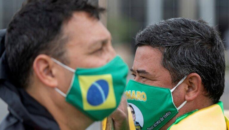 Хроника пандемии: в Бразилии— более 2 млн инфицированных коронавирусом