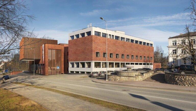 Valmieras teātra atjaunošanu par 6,57 miljoniem eiro veiks pilnsabiedrība 'SBSC'