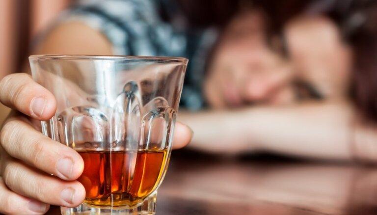 """""""Сухой январь"""". Истории 5 женщин о том, как это — отказаться от алкоголя на месяц"""