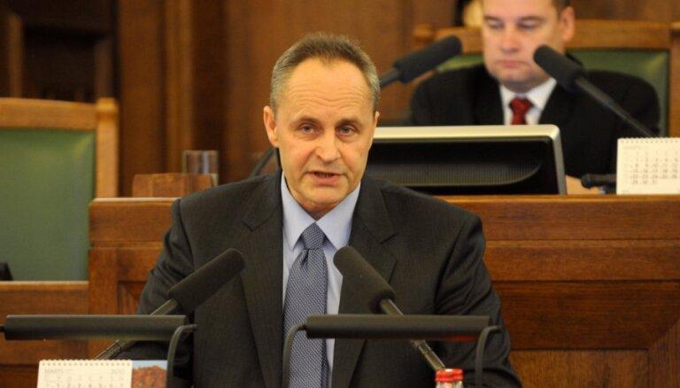Разногласия в Даугавпилской думе: два заместителя мэра хотят уволить друг друга