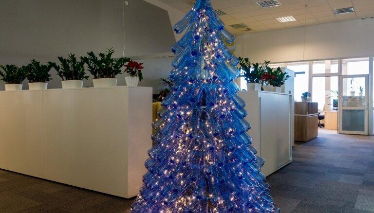 Svini Ziemassvētkus zaļi! Idejas paša veidotām eglītēm, rotājumiem un iesaiņojumiem