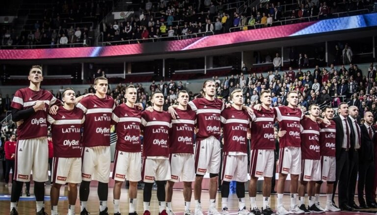 Latvijas izlase paliek bez lielisku atgriešanos piedzīvojušā Bērziņa