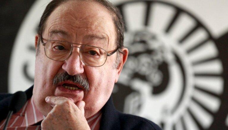 Умер известный писатель Умберто Эко