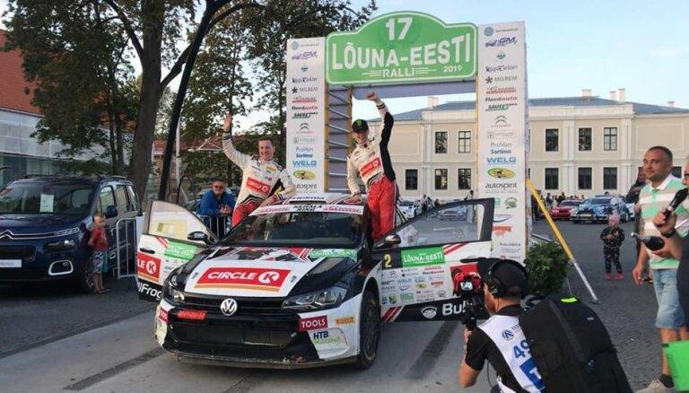 Astoņpadsmitgadīgais Solbergs uzvar Latvijas čempionātā rallijā