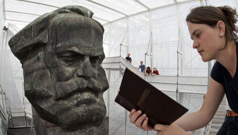 Памятник Карлу Марксу отреставрируют за 100 000 евро